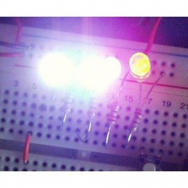 ال ای دی شفاف لیزری زرد